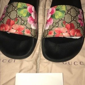Gucci flowered womens slippers
